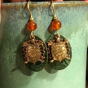 TURTLE 🐢 ON A LILY PAD EARRINGS. Brass & copper.